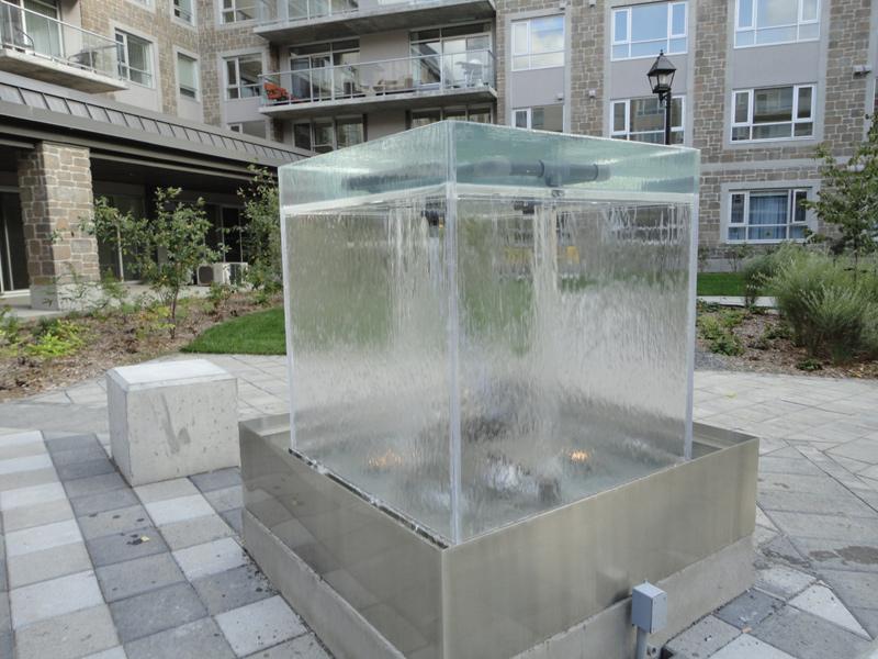 134 cube d 39 eau ext rieur pi ce unique avec salle de. Black Bedroom Furniture Sets. Home Design Ideas